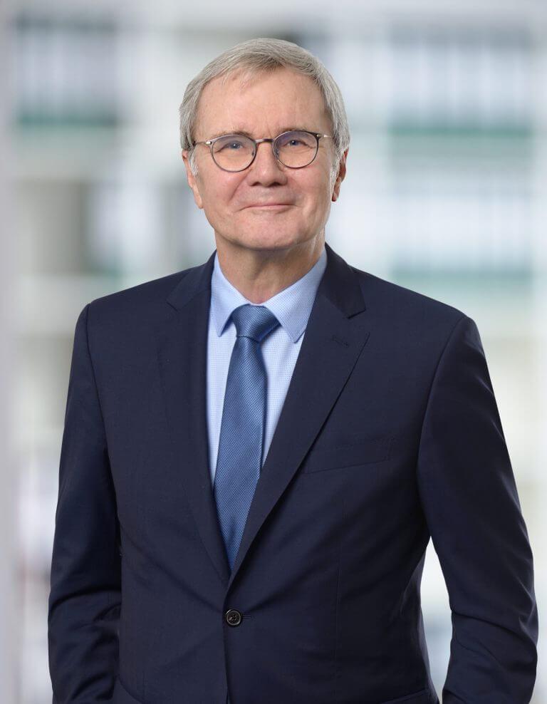 Porträt von Rechtsanwalt Prof. Dr. Ulrich Büdenbender