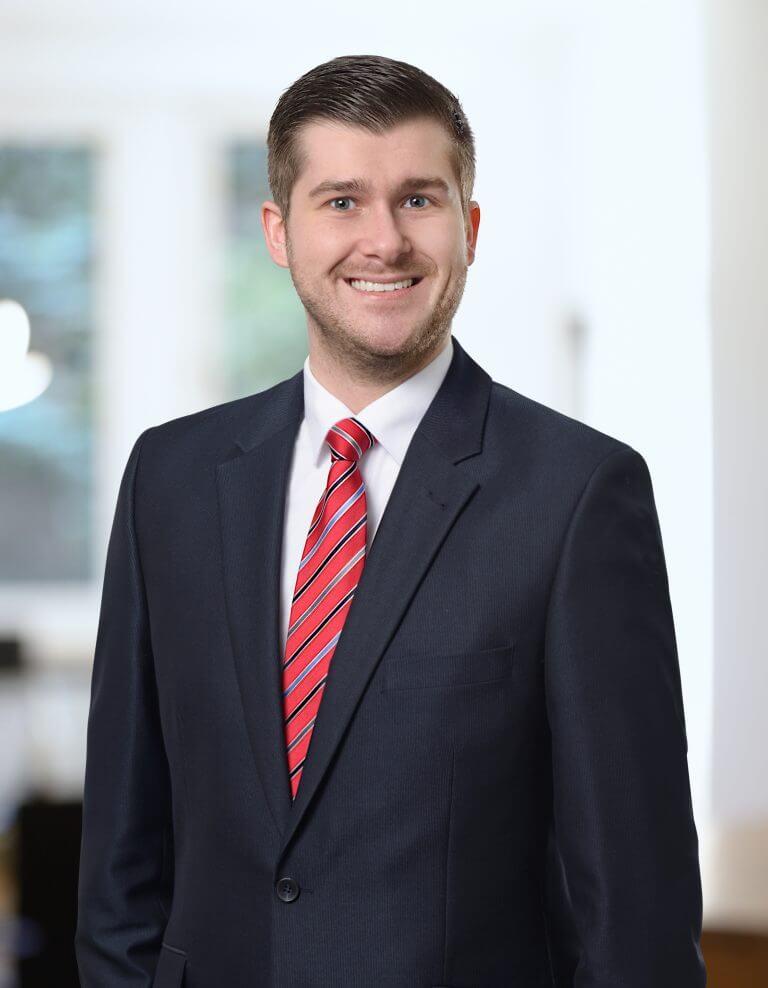 Porträt von Rechtsanwalt Tobias Dingerdißen