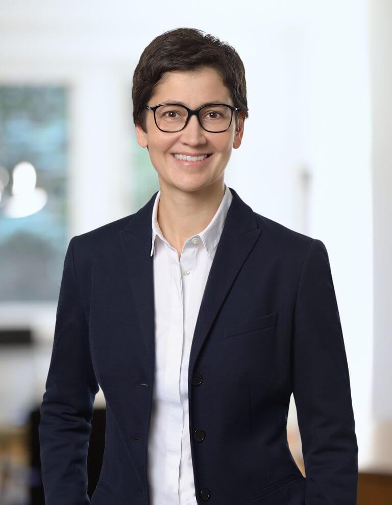 Porträt von Rechtsanwältin Jana Michaelis
